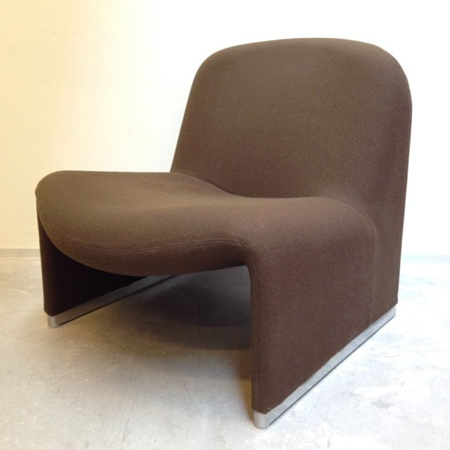 Castelli chair